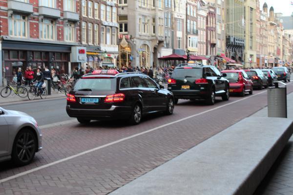 aangereden door een taxi