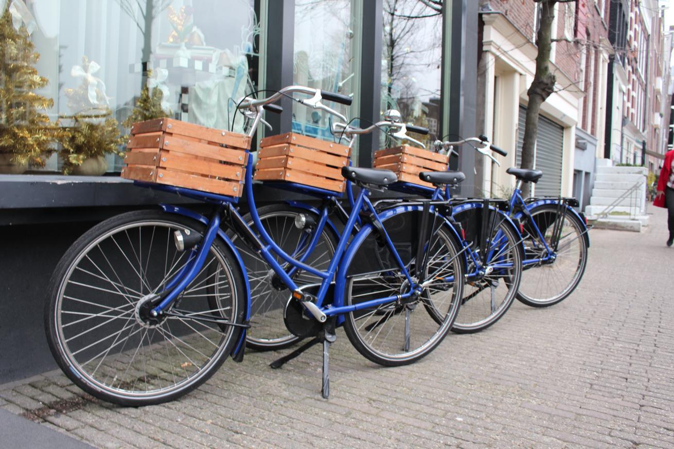 Amsterdam verwijdert deelfietsen