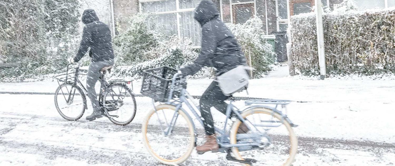 fietsongeluk sneeuw fietsen