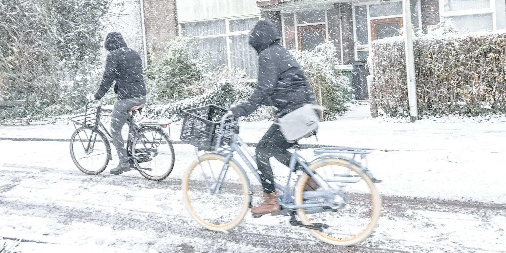 Fietsen in de sneeuw doet u zó! Tips waarmee u fietsongeluk voorkomt.