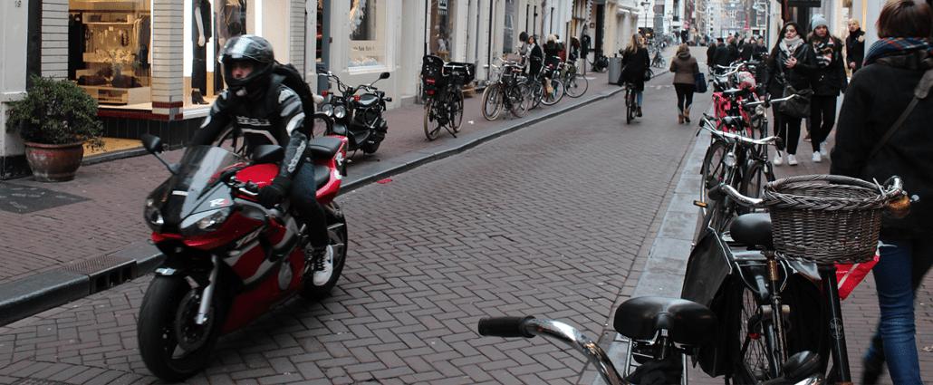 bijrijder motor letselschade advocaat amsterdam schadevergoeding ongeval ongeluk letsel