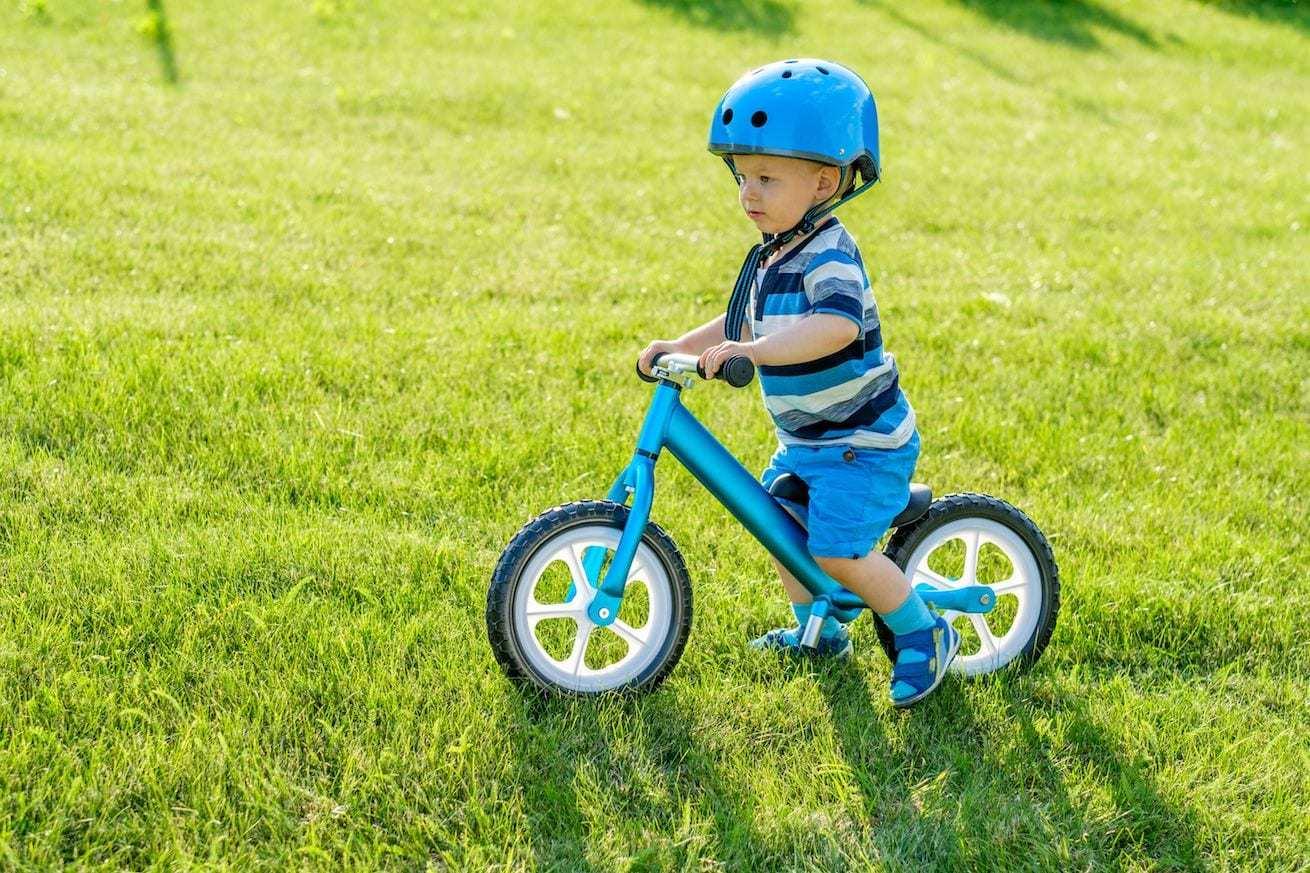 Verplichte fietshelm voor kinderen. Voorkom ongevallen!